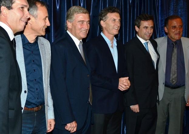 ¿Un anticipo de las fórmulas? Baldassi y Aguad, en el medio Macri, y a su izquierda Mestre y Lábaque | Foto: www.papcordoba.com.ar