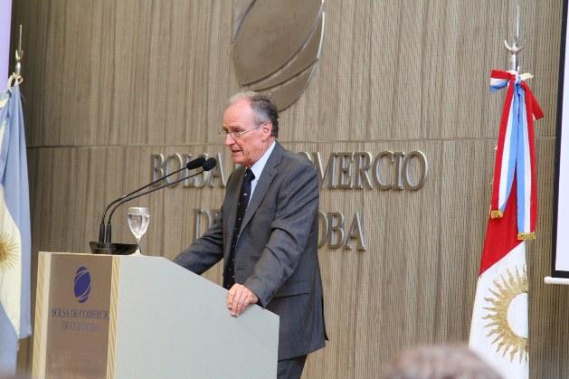Manuel Tagle, de la concesionaria Tagle Renault, premiada por cuarta vez como la mejor concesionaria de la marca en el país.  | Foto: archivo Turello.com.ar