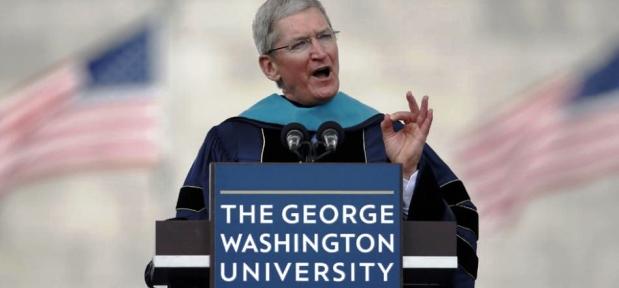 Tim Cook, CEO de Apple, instaba a comprometerse con el cambio en la sociedad, dejando de lado a los derrotistas y cínicos   Foto: lavoz.com.ar