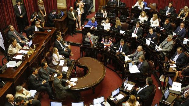El oficialismo cuenta con más de medio centenar de votos a su favor en el Congreso | Foto: La Nación
