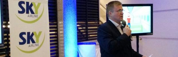 Paulmann presentó Sky Airlines en Córdoba, que viene a pelear el pasajero de otras aerolíneas y del transporte terrestre.
