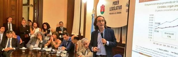 Giordano explica ante los legisladores el aumento en los impuestos provinciales | Foto: prensa.cba.gov.ar