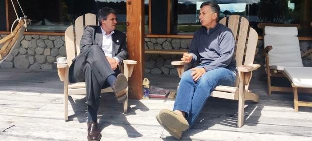 Increíble, pero cierto. Macri echó a Prat-Gay; luego lo invitó a su lugar de vacaciones y le ofreció un cargo, que rechazó   Foto: clarin.com