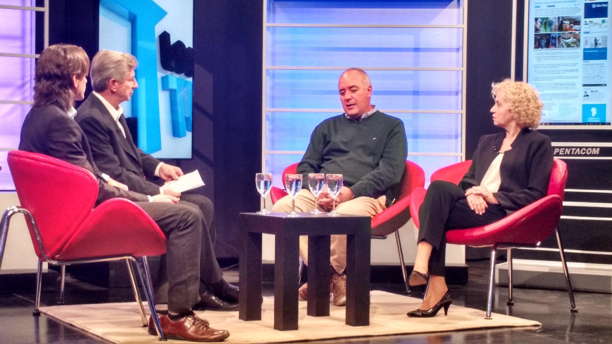 Sebastián Turello y Juan Turello entrevistan a Luis Macario (Bolsa de Cereales) y Rosana Negrini (Agrometal) sobre los desafíos del campo.