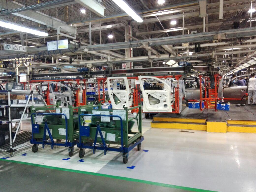 La industria automotriz es uno de los rubros con mayores índices de robotización en su producción.