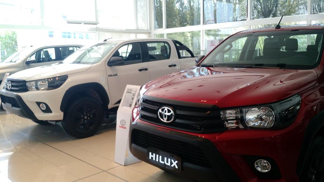 4x2 AT y Limited, las nuevas versiones de la pick up Toyota Hilux | Foto: Turello.com.ar