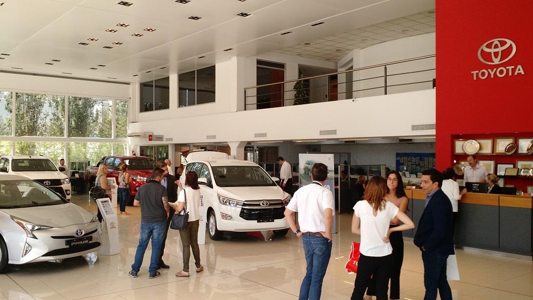 Centro Motor presentó los nuevos vehículos de Toyota en Córdoba: Prius, Innova, Hilux Limited y Hilux 4x2 AT | Foto: Turello.com.ar