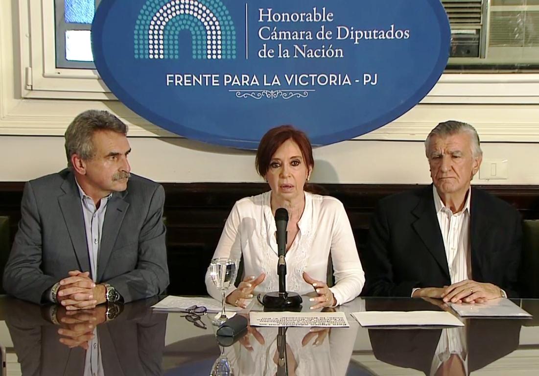 """""""Es una causa inventada"""" dijo Cristina Fernández de Kirchner en la conferencia de prensa que brindó en una sala del Congreso."""