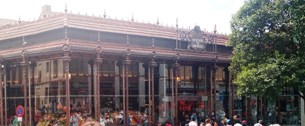 El Mercado de San Miguel, un punto gastronómico visitado por los turistas argentinos en Madrid.