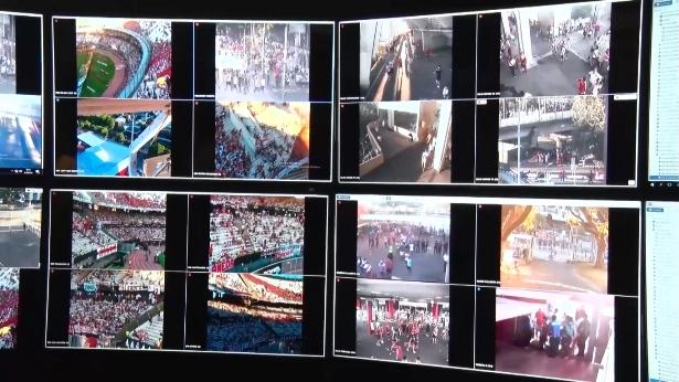 Una de las tecnologías siempre presentes son las cámaras de seguridad de la UCO de River | Imagen: Captura del canal SeguridadBA (Youtube)