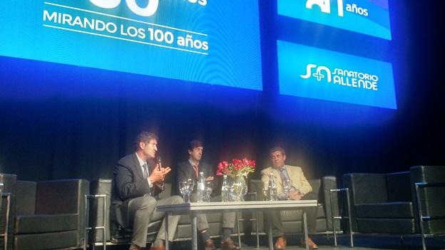 Marcos Lozada, Bartolomé Luis Allende y Guillermo Allende en el marco de los 80 años del Sanatorio Allende.