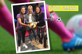 """Mariana """"Pomu"""" Sánchez, Emilia Tedesco y Ailín Correa, pararon la pelota en Los Turello para analizar la realidad del fútbol femenino en Córdoba."""