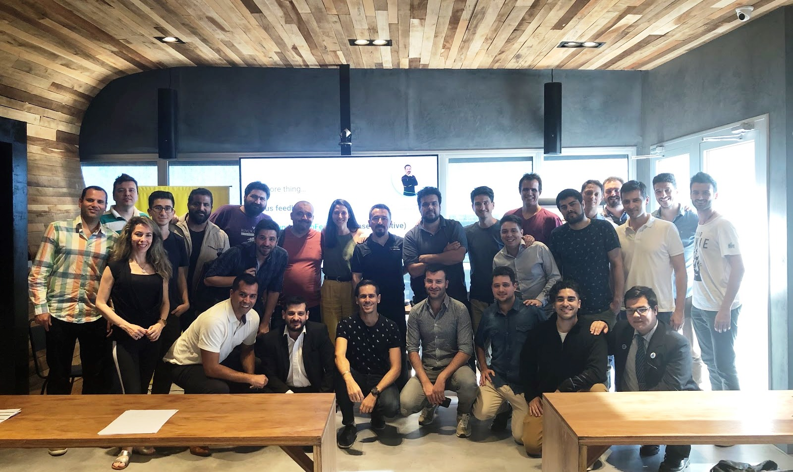 Emprendedores de startups locales, junto a Paco Solsona, en el Founder Lab que se realizó en Córdoba | Foto: prensa Google.