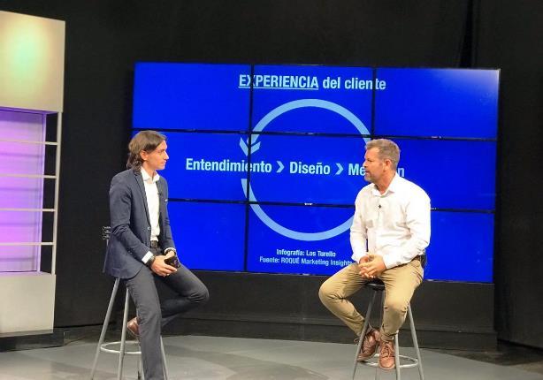 Sebastián Turello consulta a Gonzalo Roqué como mejorar la experiencia del cliente | Foto: Los Turello.
