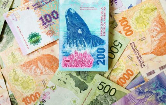 Los créditos de 35 mil pesos cada uno, se podrán devolver en 12 cuotas fijas de 2.916 pesos   Imagen: Canal C.